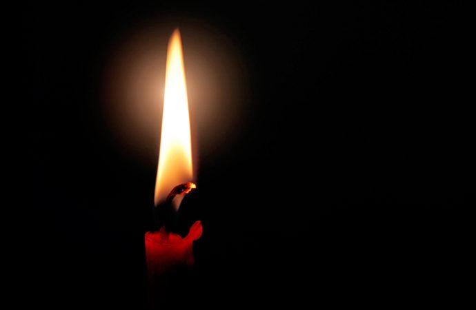 Czym są knoty do świec? Jak zrobić własną świeczkę?