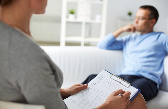 Kto powinien skorzystać z usług psychologa?